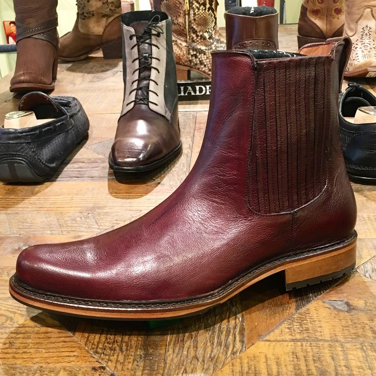 Versatile Chelsea boots handcrafted of premium leather by Cuadra for business and fun with a twist of  sophistication. #cuadraboots #handmadeboots #leatherboots #mensboots #classicboots #chelseaboots #premiumleather #handmadeshoes #madeinmexico #limitededition #mensfashion #styleformen #menstyle #vancouverfashion #vancouverstyle #artisanmade #vancouverluxury #canadafashion #style #luxurybrand #luxuryboots #vancouvershopping #bestbootsinvancouver www.xixo.ca