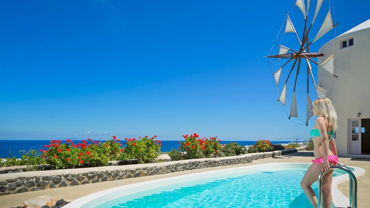 Enjoy our luxury villas in Santorini Greece