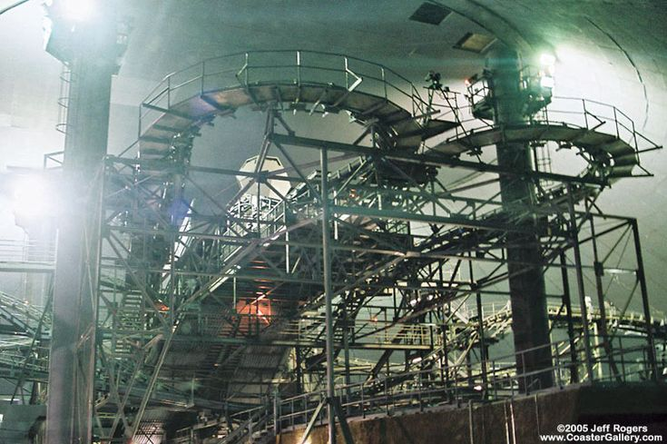 how cool is this? The inside of space mountain with the lights on! There are actually two tracks! this was before the major renovation in 2009 at Disneyland.