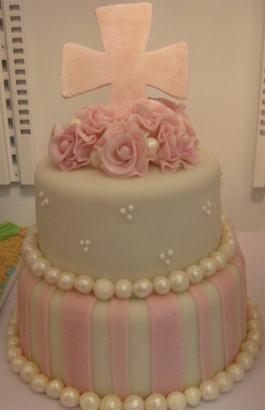 Pretty Cake - Love the Pearls!