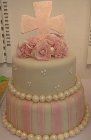 Pretty Cake - Love the Pearls!
