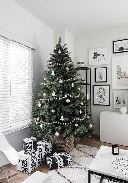 28 Ideas House Tree Simple Christmas Decorations Living Room White Christmas Tree Decorations Scandinavian Christmas Trees