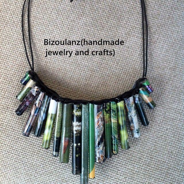 Green paper statement bib necklace #statementnecklace#bibnecklace#ecofriendly#papercrafting#paperjewelry#recycled#upcycled#ooak#bizoulanz#κολιέ#κόσμημα#χειροποίητο#πράσινο#χαρτί#ανακυκλώσιμο#greenfashion