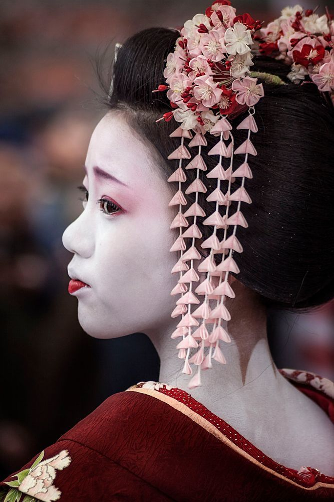 Maiko in Kyoto, Japan | by Kevin Raison on 500px
