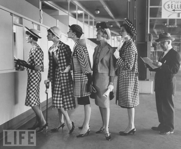 Models wear checked outfits, 1958: Nina Leen, 1950S, Vintage Fashion, Dress, 1950 S, Photography, Black, Vintage Style