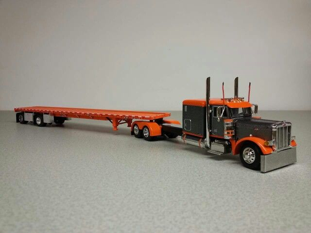 Toy Semi Trucks And Trailers : Peterbilt toy trucks and trailers wow