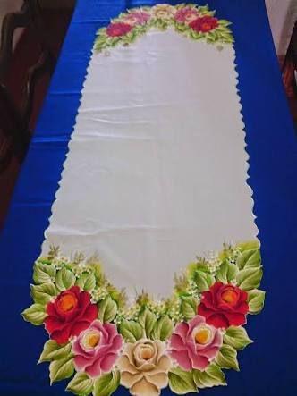 Resultado de imagem para passadeira de mesa pintada