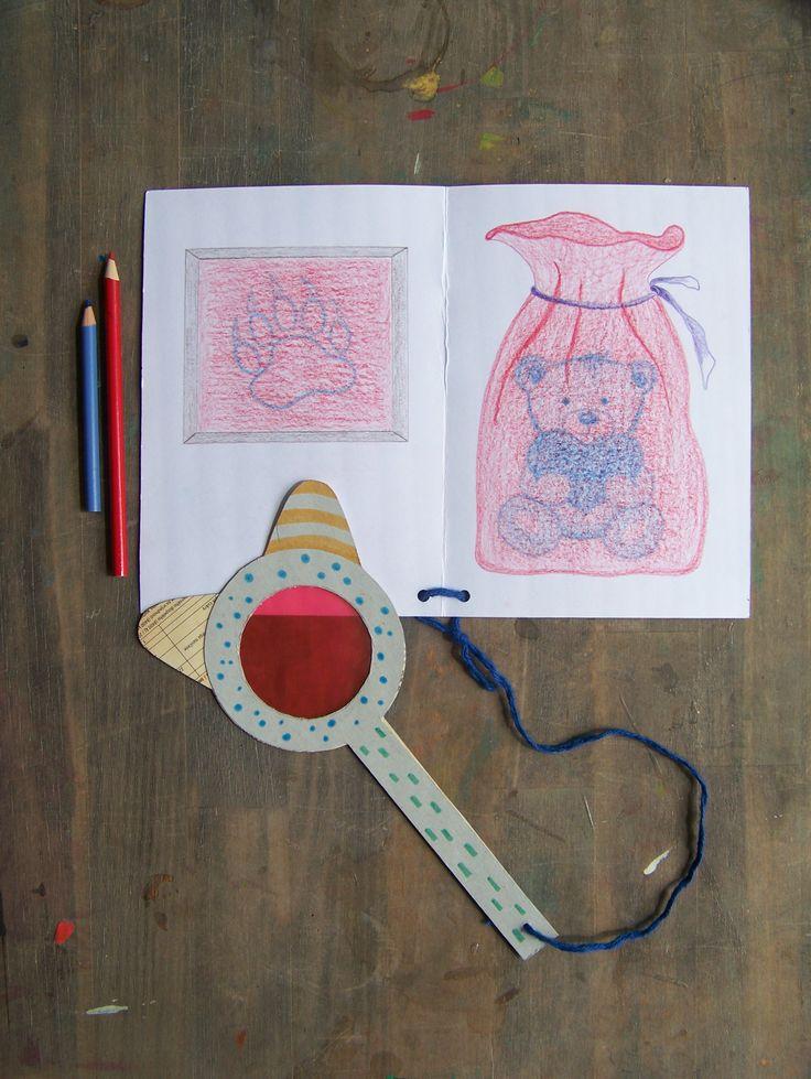"""Znáte takové ty knihy,které se prodávají i s papírovými 3D brýlemi?A víte,že si něco takového můžete vyrobit s dětmi?Základní pravidlo zní,první kreslíme MODROU a poté ČERVENOU pastelkou.Pokud se na obrázek budete dívat přes červenou folii,zažijete kouzlo.""""Hledáčka"""" jsme si vytvořili z obalů od pizzy.* #eco #creative #kids #children #teddybear #paper #red #blue #medvidek #recycle #pohadka #deti #ladylu #ladyluartist"""