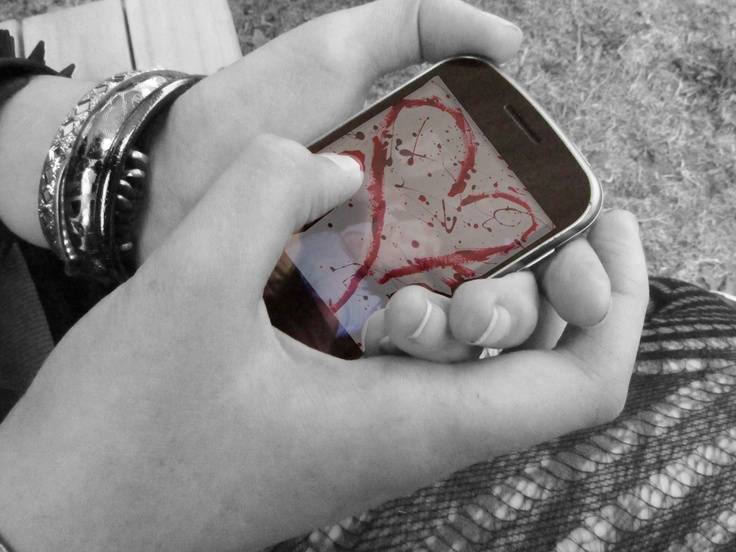 Inspired by Elizabeth May. The Image of the guy underneath the Heart that's on the actually phone screen, is just a pic Andy Biersack from Black Veil Brides when He was a teen.    - Me