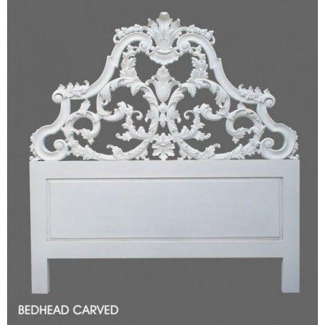 Achat de tête de lit blanche de style rococo en ligne ou au magasin de meubles de chambre situé à Pantin près de Paris. Large choix de meuble style romantique.