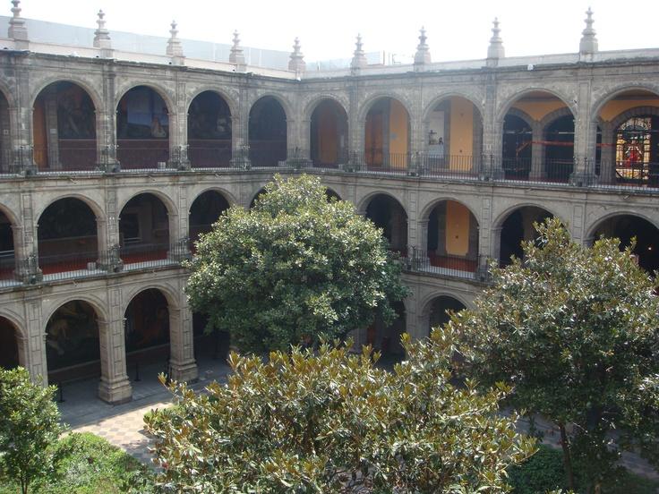 Patio principal del Antiguo Colegio de San Ildefonso, Centro Histórico, Cd. de México