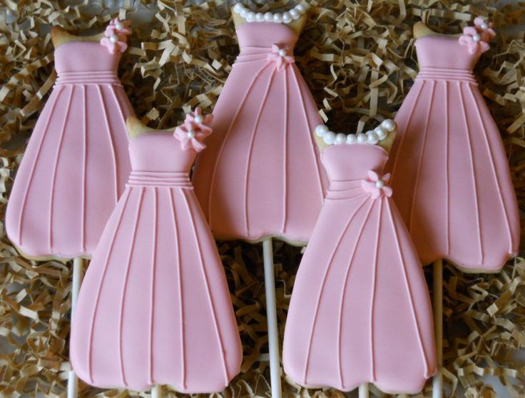 These pretty dresses are a sweet way to ask someone to be your Bridesmaid. (they are also perfect for Prom). Send us a color swatch and we'll try to match it!  $3.00 each, or on sticks as shown here $3.25 each