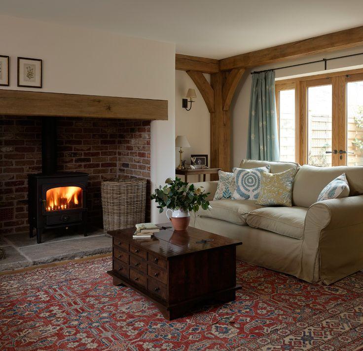 Best 25 cottage fireplace ideas on pinterest for Living room ideas oak