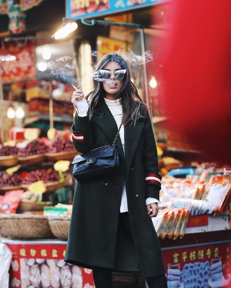 "125.3 mil Me gusta, 496 comentarios - Aida Domenech (@dulceida) en Instagram: ""Muslim Market wearing my new @storets amazing coat 💘 #Xian #SpainChinaProject"""
