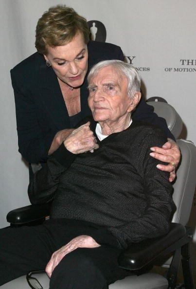 Julie Andrews Husband Blake Edwards Dies at 88