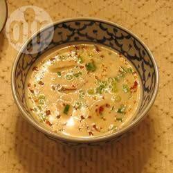 Authentique soupe thaïlandaise au lait de coco