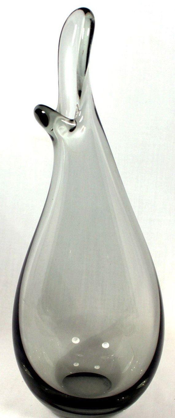 Holmegaard Smoke Beak Vase Signed Per Lutken di DejaCreations, $225.95