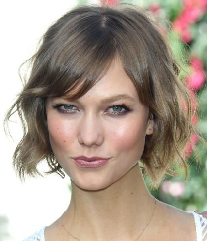 Karlie Kloss is perfection.