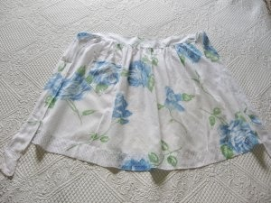 Pretty ApronsVintage Apron, Blue Rose