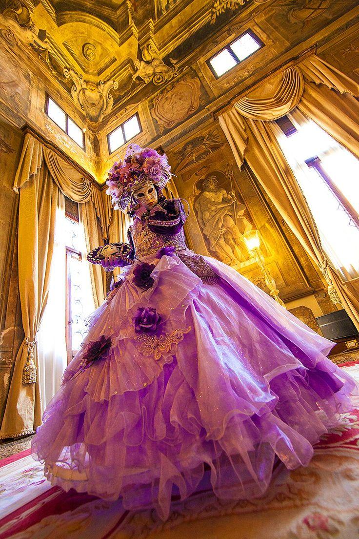 Castello De Tullevette Monticello from the House of Thoth   (Carnival in Venice - Jim Zuckerman Photography)