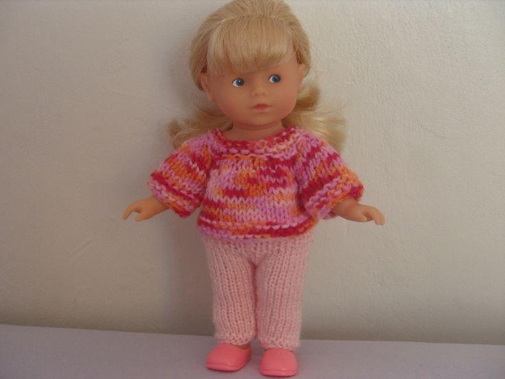 Vêtements pour mini corolline, pantalon et pull : http://www.alittlemarket.com/jeux-jouets/fr_vetements_pour_mini_corolline_pantalon_et_pull_-11036161.html