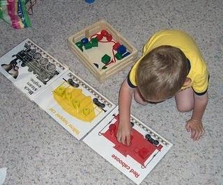 Color sorting train (free printables) -- l