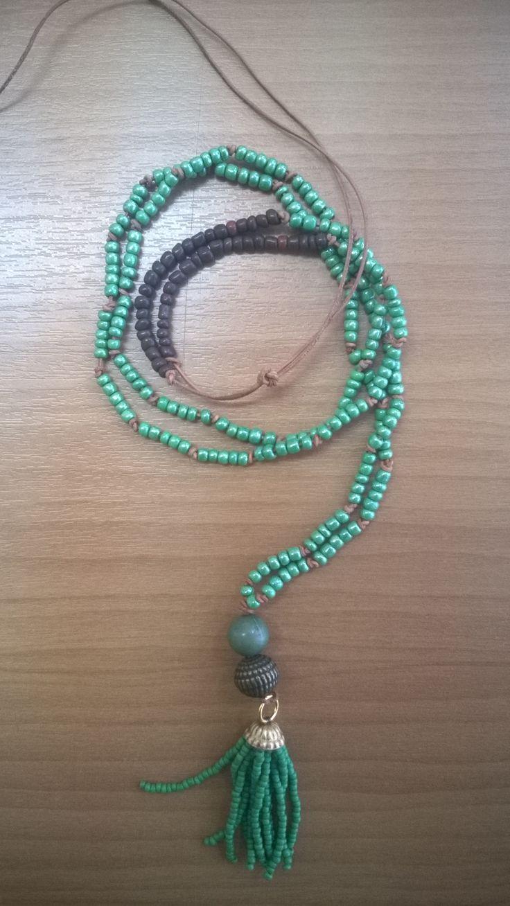 Green bead boho summer necklace