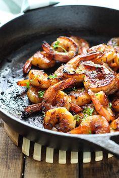 Petites crevettes miel et ail...une recette simple et rapide - Recettes - Recettes simples et géniales! - Ma Fourchette - Délicieuses recettes de cuisine, astuces culinaires et plus encore!