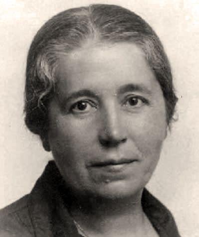 Búscame en el ciclo de la vida: María Lejárraga, in memoriam