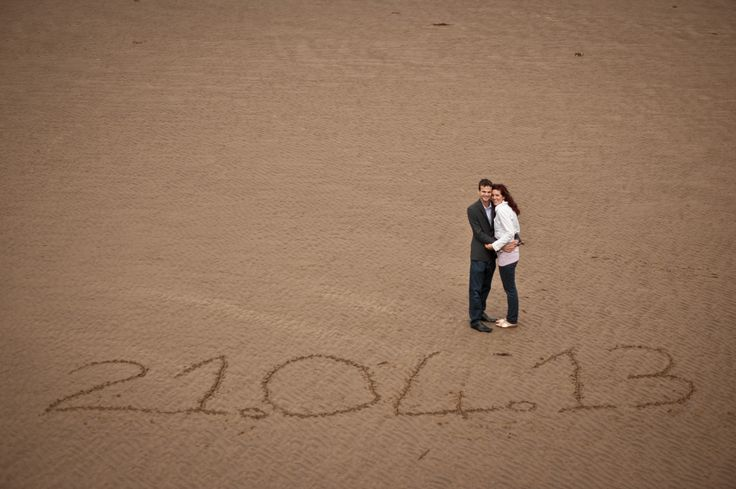 Write your Wedding date in the sand