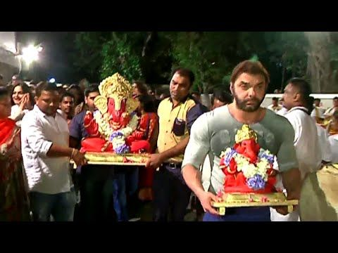 WATCH Salman Khan with FULL FAMILY doing Ganpati Visarjan - 1 | FULL UNCUT VIDEO. See the full video at : https://youtu.be/6ZEfd16UYs4 #salmankhan