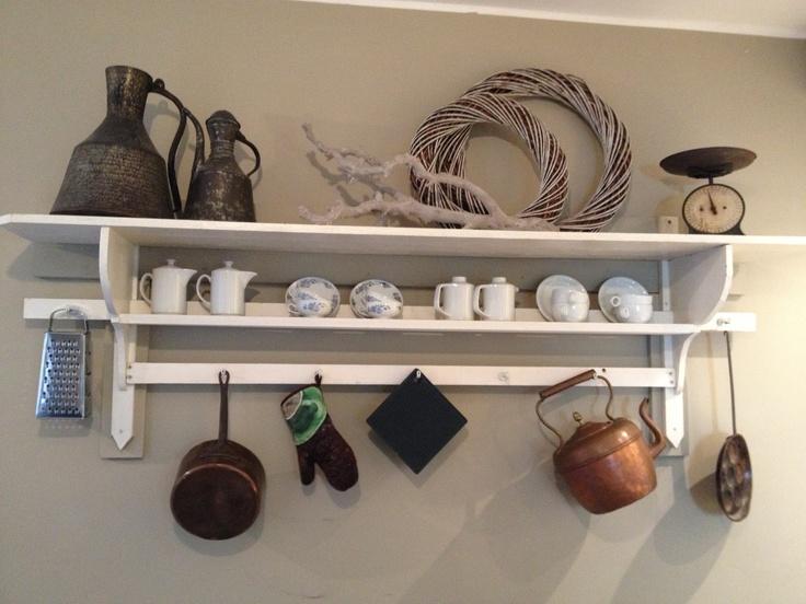 Top voor in je keuken landelijk kleine kastjes wandrekjes pinterest shelves kitchens - Keuken uitgerust voor klein gebied ...