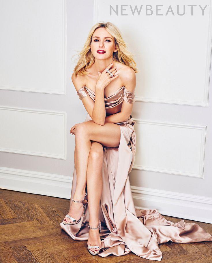 Naomi Watts's Feet << wikiFeet