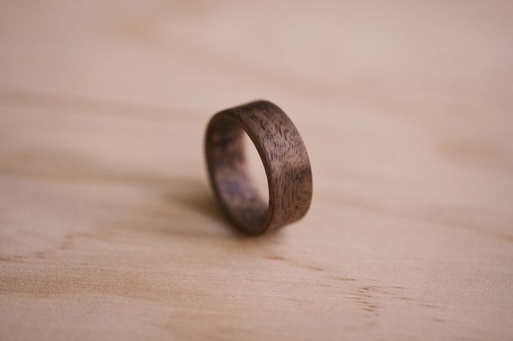 A new wood species that we have introduced to our collection is Claro Walnut - we love the grain pattern in this one!  . . www.thewoodencircleco.etsy.com  . . . .  #thewoodencircle #woodencircle #jj #woodenjewellery #ring #wood #nature #bentwood #woodenring #instagood #woodwork #woodworking #woodcraft #handmade #fashion #style #handcrafted  #bespoke #custom #etsy #jewelry #minimalist #australianmade #sydney #sydneymade #clarowalnut #walnut