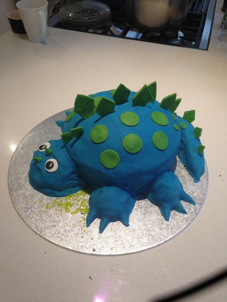 Dinosaur cake for Sam (3)
