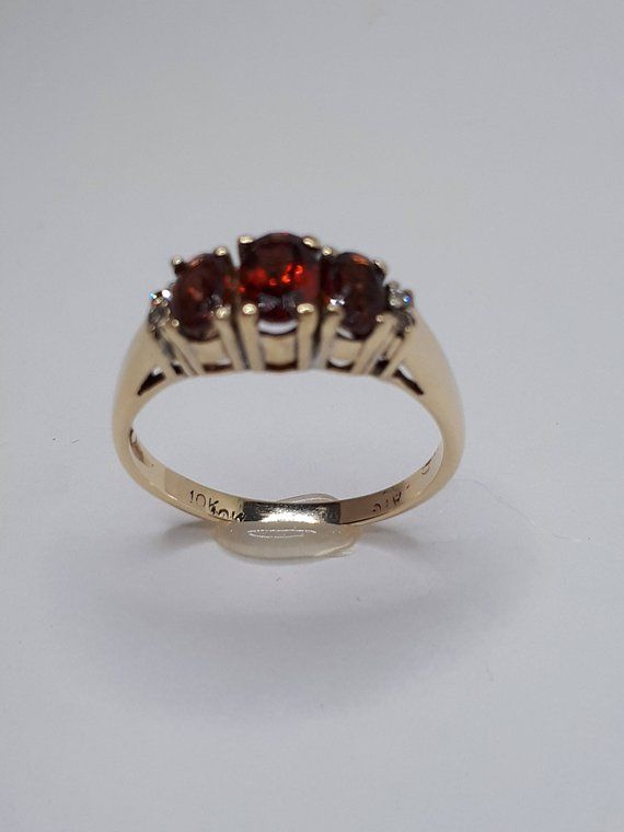 Gold Red Ring 10k Gold Ring Size 6 1 2 Vintage 10k Yellow Gold Ring Unknown Light Red Colored Stone More Likely A Ruby Then A Garnet Buying An Engagement Ring