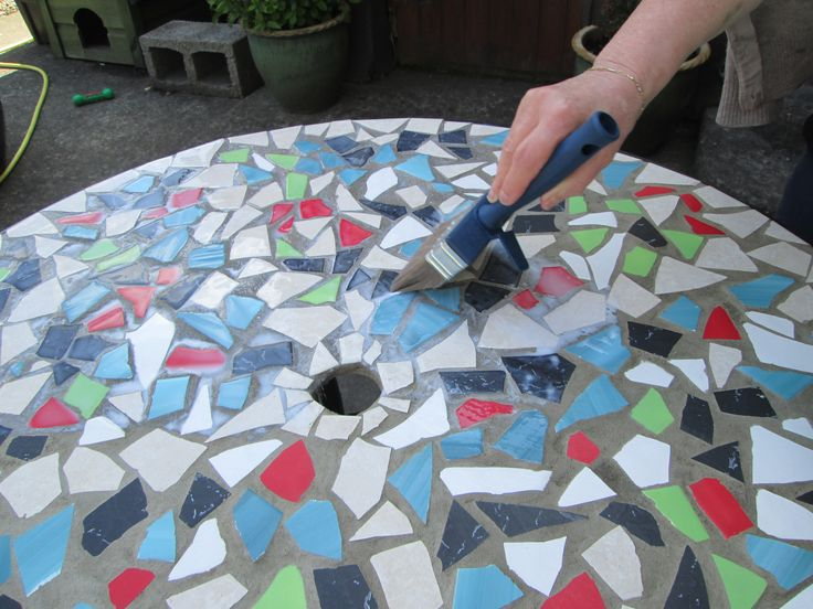 25 best ideas about mosaic table tops on pinterest for How to make a glass table