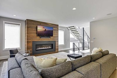 Master-On-Main Modern House Plan - 14633RK thumb - 05