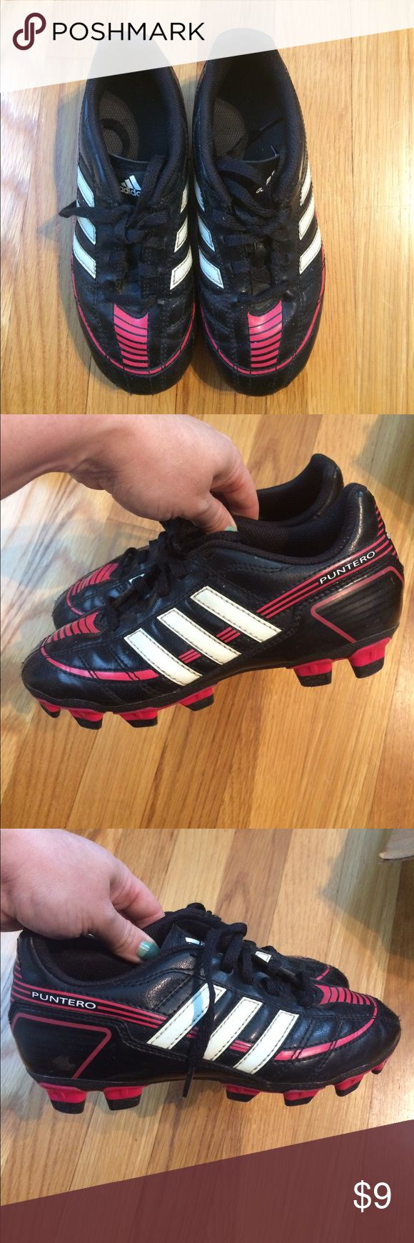 Adidas Girls Soccer Cleats 1 Puntero ⚽️ Adidas Girls Soccer Cleats 1 Puntero black pink white used for 1 season of youth ⚽️ soccer. adidas Shoes