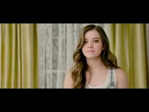 Pitch Perfect 2: Emily Junk (Hailee Steinfeld) auditions to be a Bella [Scene] - YouTube