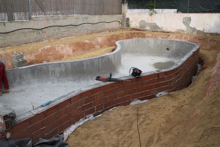 93 best piscinas peque as images on pinterest small - Como construir una piscina ...