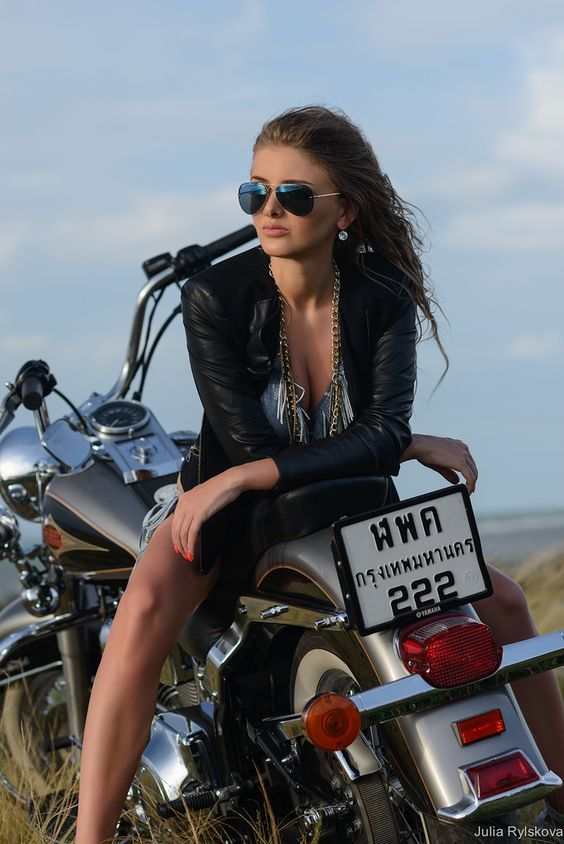 Photoshoot fashion model on motorbike, Koh Samui Thailand | by Julia Rylskova  Brutal motorcycle Harley Davidson Black leather Jacket Young sexy girl  Photographer on Koh Samui - Julia Rylskova