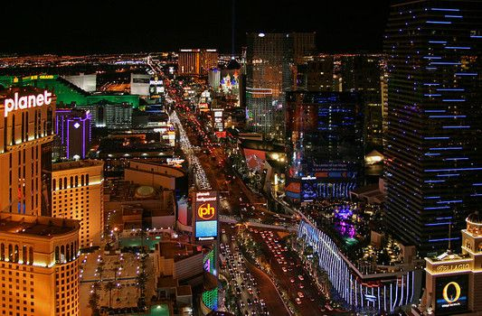 2014 top happy hour specials on the Las Vegas Strip
