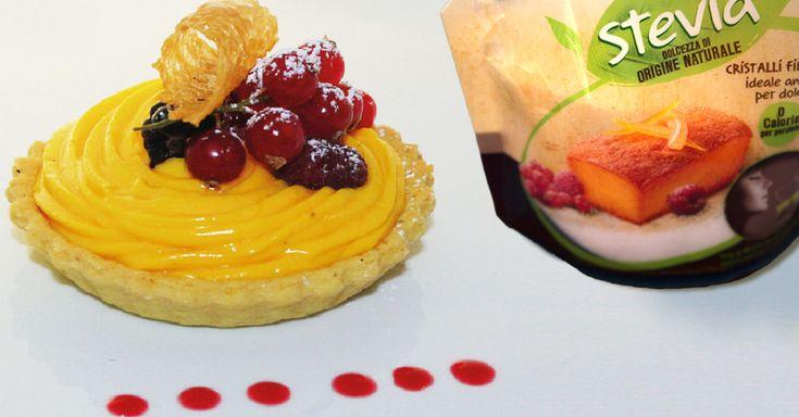 Tortine di crema e frutti di bosco: un perfetto regalo di Natale per chi ami.  http://www.misurastevia.it/page/ricette-e-fantasia #ricette #recepies #christmas