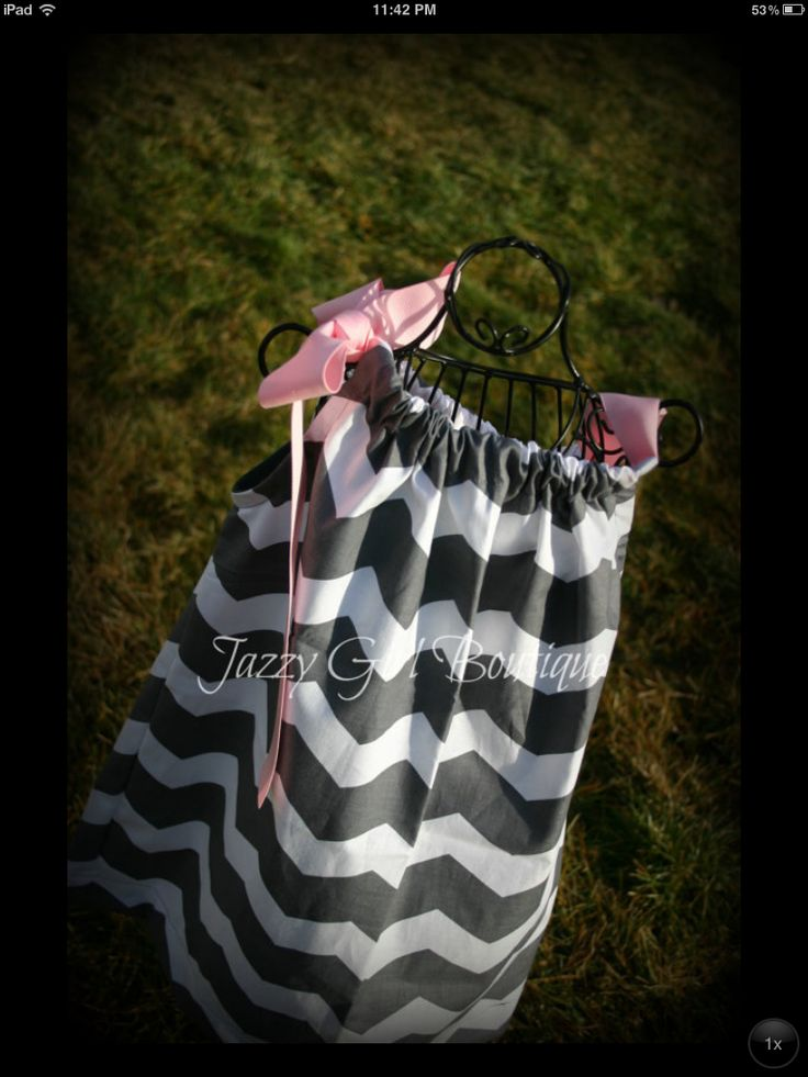 Pillowcase dress-I have to make a chevron one for ms. Ella! & 98 best Pillowcase Dresses images on Pinterest | Pillowcase dress ... pillowsntoast.com