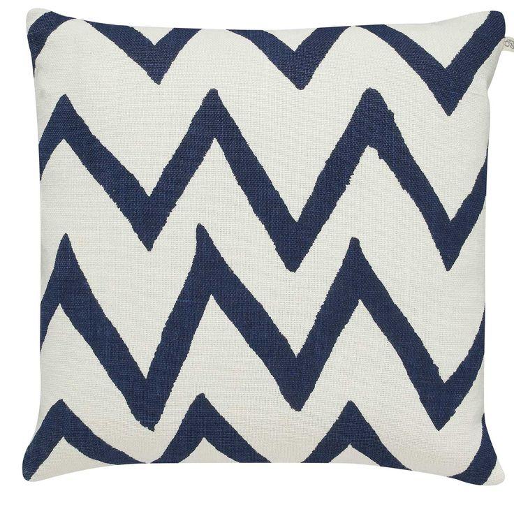 Zigzag Big kuddfodral M, vit/blå i gruppen Textil / Plädar & Prydnadskuddar / Prydnadskuddar hos RUM21.se (131473)