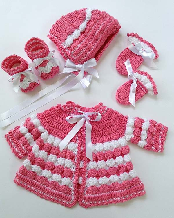 Picture of Vintage Puff Shell Layette Crochet Pattern