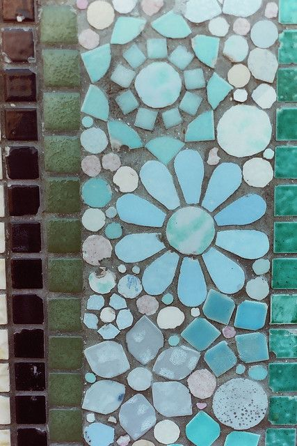 Mosaic.: Bathroom Design, Mosaics Flowers, Bathroom Interior, Modern Bathroom, Gardens Design Ideas, Blue Tile, Tile Bathroom, Mosaics Tile, Tile Mosaics