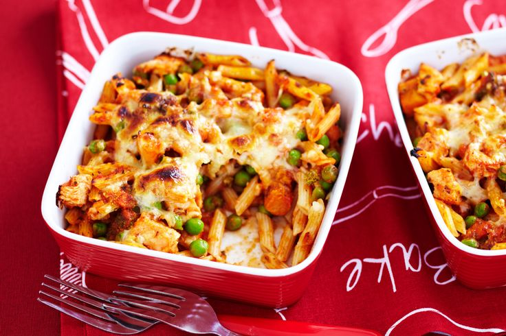Easy+chicken+pasta+bakes+will+have+kids+and+adults+cleaning+their+plates!