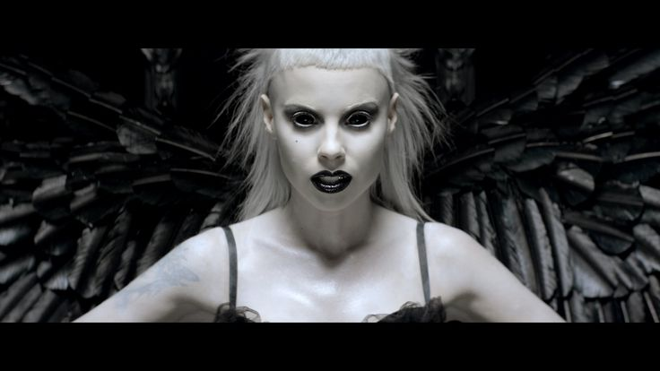 Ugly Boy - Die Antwoord.  New video.  Stay for the cameos at the end.  Another greats video from this band.